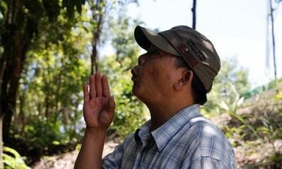 Nhân viên kiểm lâm hót được tiếng chim ở vườn quốc gia Bạch Mã