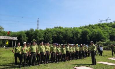 Vườn quốc gia Bạch Mã tổ chức khóa huấn luyện nghiệp vụ về quản lý, sử dụng vũ khí và công cụ hỗ trợ cho lực lượng Kiểm lâm